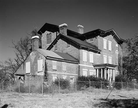 haunted houses in kentucky 10 most haunted places in kentucky with chilling stories