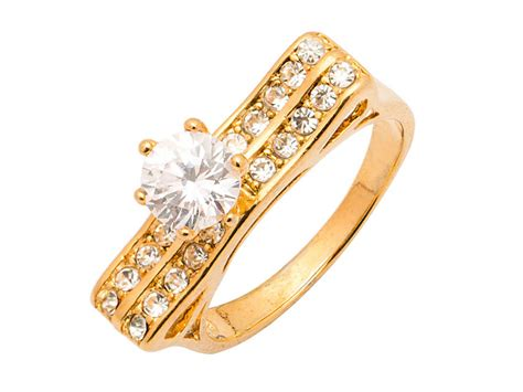 12 Tips On Choosing Engagement Ring by Beginner S Guide To Choosing Engagement Ring For