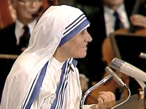 mother teresa biography nobel peace prize president towey speaks to pbs about mother teresa mother