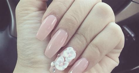 whats new in nail styles quinceanera nail designs what s in what s out quinceanera