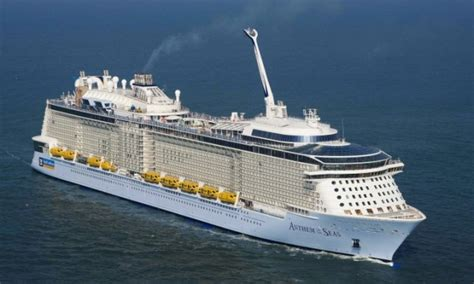 royal caribbeans newest ship royal caribbean orders fourth quantum class cruise ship