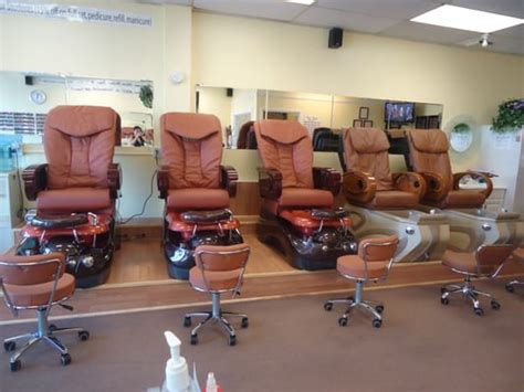 where can i find a hair salon in new baltimore mi that does black hair find beauty salons and hair salons near you globezhair