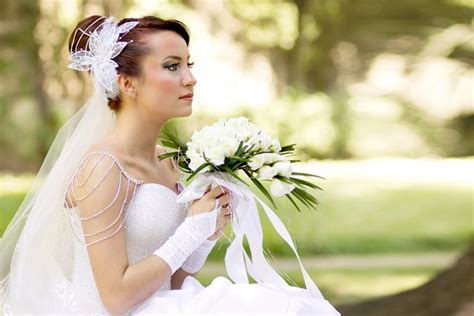 Wedding And Portrait Photographers by Wedding Portrait Photography Showcase Design Juices