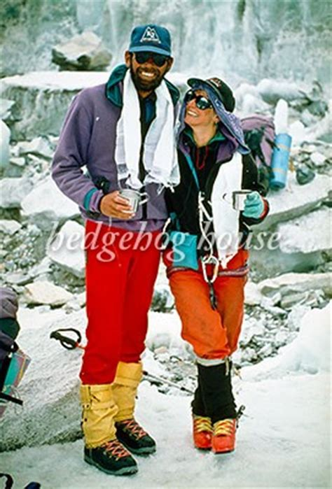 jan arnold rob rob and jan arnold after climbing mt everest