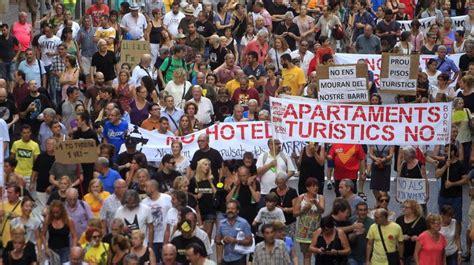piso turistico por cada  habitantes las ciudades espanolas mas saturadas por airbnb