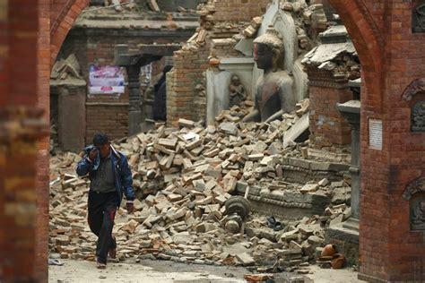 earthquake nepal eu announces 3m emergency aid for nepal euractiv com