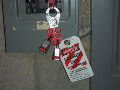danger do not operate lockout procedures tag