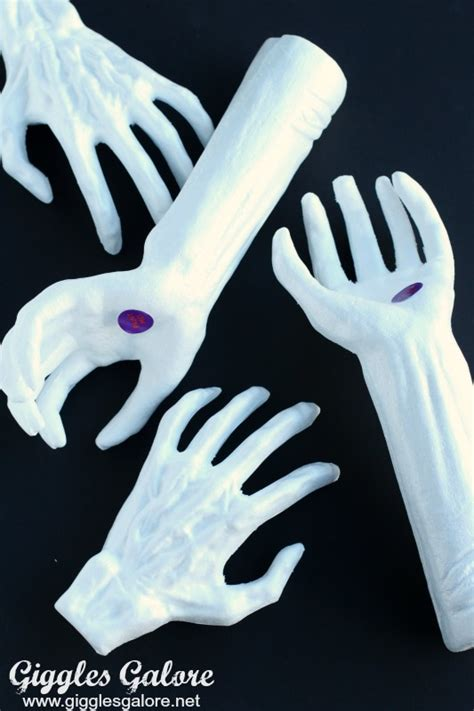 diy creepy halloween hand picture frame diy creepy halloween hand picture frame