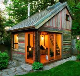 Salvaged Wood Cabins ? Nifty Homestead