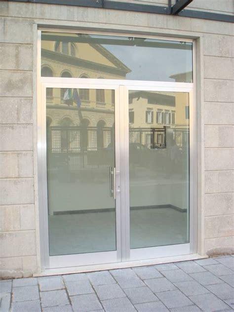 porte catania negozi infissi in acciaio inox per attivit 224 commerciali