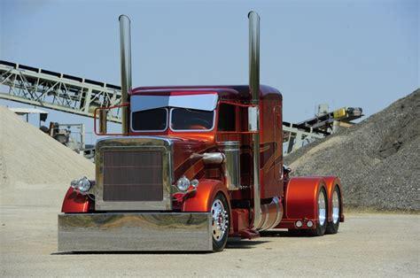 Custom Big Trucks   Custom Big Rig Truck Show 2001 Peterbilt 379 Photo 13 Performance 100