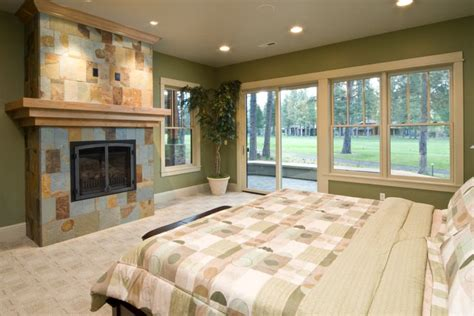 olive green bedrooms 1000 ideas about olive green bedrooms on pinterest