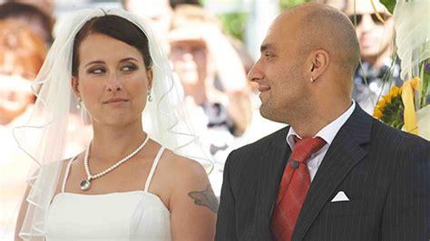 Hochzeit Auf Den Ersten Blick Paare by Hochzeit Auf Den Ersten Blick Und Zoffen Sich