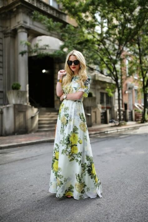 Picture Of amazing spring wedding guest outfit ideas 23