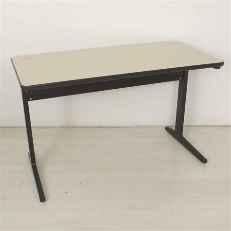 tische vitra tisch vitra affordable contract table von vitra with
