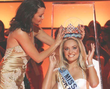 Tatana Kucharova Miss Crowned Miss World 2006 Pageant 2 by Diges Miss Is The New Miss World
