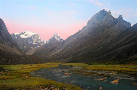 gates of the arctic national park twelve years of wilderness exploration books gates of the arctic national park guided backpacking trips
