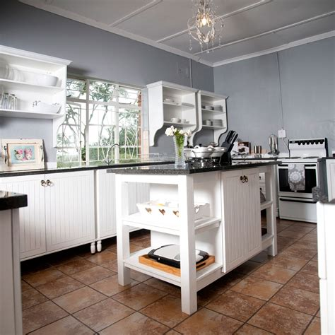 Standing Kitchen Cabinets by Why Free Standing Kitchens Bergwood