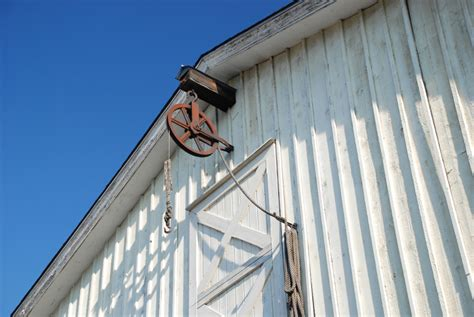 barn door pulley jetson green stable designed for cross ventilation