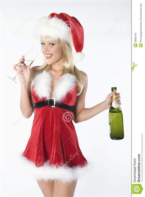 imagenes de santa claus para mujeres santa claus drinking chagne femenina hermosa imagen de