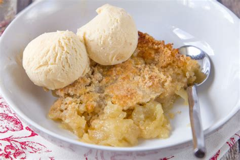 best apple cobbler recipe easy apple cobbler recipe genius kitchen