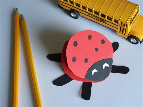 Construction Paper Crafts For Toddlers - easy crafts for paper ladybug