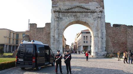 stazione carabinieri porta garibaldi contro gli scippi in centro storico la stazione mobile dei