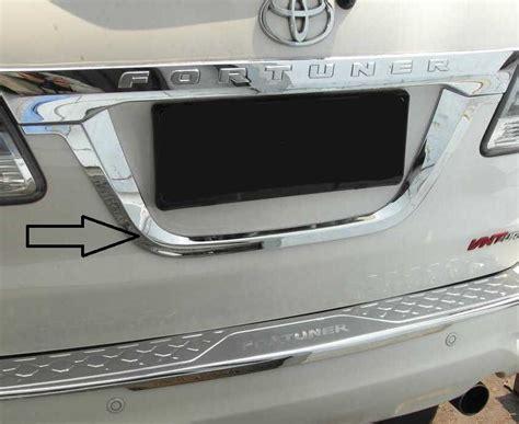 jual list garnish license ornament list plat nomor grand fortuner 2012 trunk lid belakang
