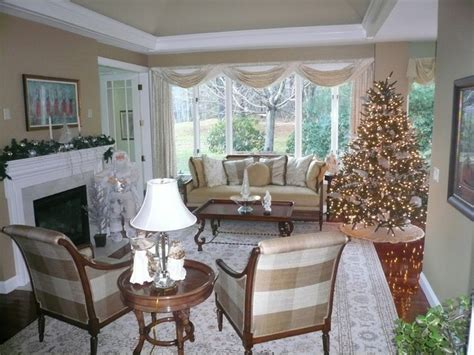 Christmas Decorations Luxury Homes white and silver christmas decorating traditional