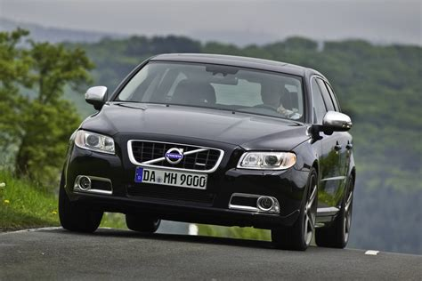 volvo ltd limited edition volvo v70 t6 awd r design with 325hp by