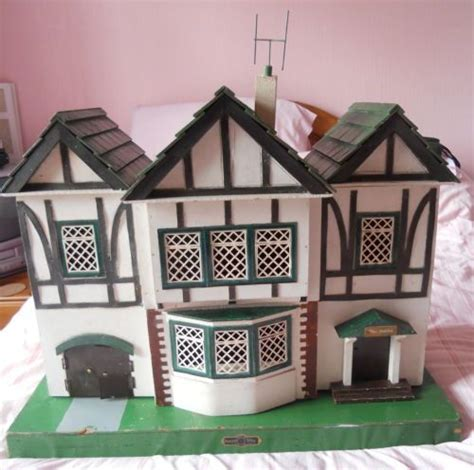 1930s dolls house vintage large amersham quot the gables quot dolls house 1930 s 40 s