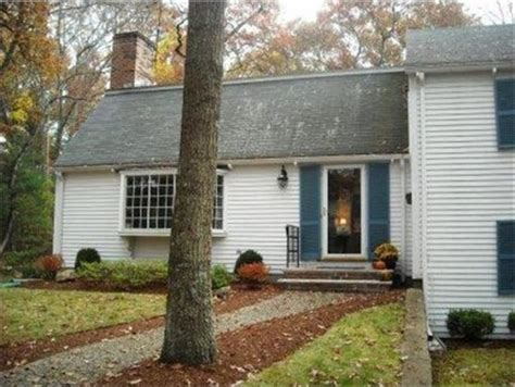 colonial curb appeal how can i modernize my colonial landscape and curb appeal