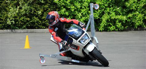 Ps Motorrad Kurventraining by Www Ps Motorradtraining De Motorradtraining