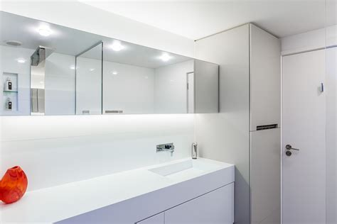 corian designer white corian s sophisticated surfaces for bathrooms eboss