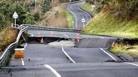 earthquake causes what causes earthquakes reference com