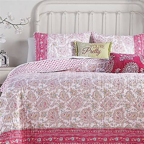 jessica simpson bedding jessica simpson noni reversible quilt collection bed