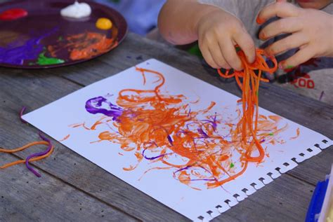 painting craft projects kraftyguts craft idea spaghetti painting