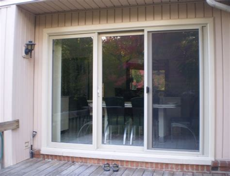 Sliding Glass Doors At Lowes Sliding Glass Patio Doors Lowes Shop Securaseal 71 In Low E Argon Grilles Between Glass