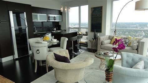 1 Bedroom Rental Downtown Toronto Aura Of Downtown Toronto 3 Bedrms 2 Bath Furnished Luxury