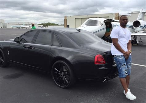 murdered rolls royce wraith cliff avril s murdered out rolls royce ghost celebrity