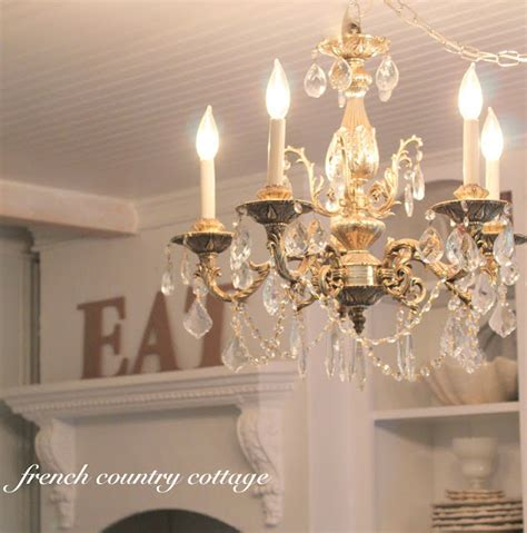 dining room chandeliers    french country cottage