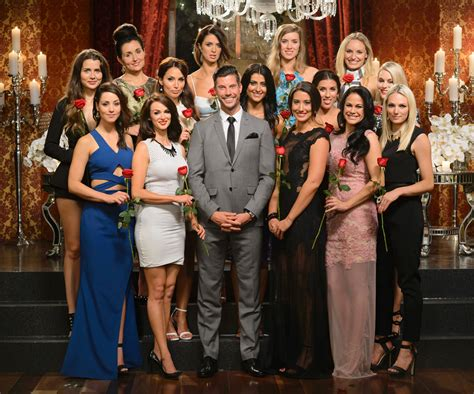 the bachelor girls wallpaper 2018 in serials