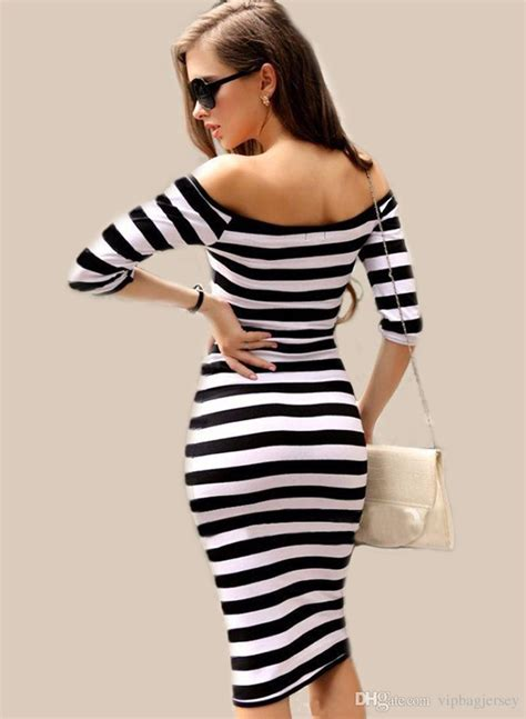 Stripes More Stripes Are The Stylish Answer To All Well Many Of Lifes Problems This Winter Fashiontribes Fashion by Stripes Fashion Style Guide According To Your Shape