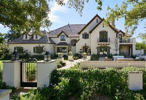 1000 ideas about stucco exterior on stucco