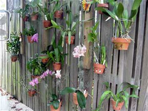 Fence Hangers For Planters by Fence Hanging Planters Fence Flower Pots Flower Pot
