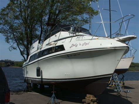 used boat loans mn 1988 carver 32 mariner power new and used boats for sale