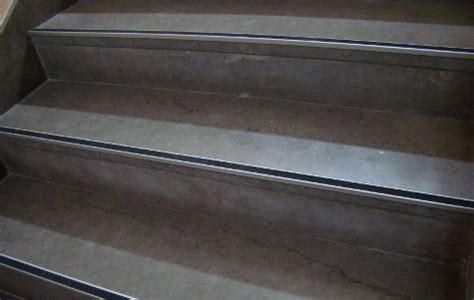 nez de marche en carrelage pour escalier ext 233 rieur carrel 233