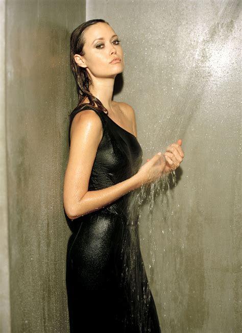 cloth shower summer wallpaper 798x1099 wallpoper 349707