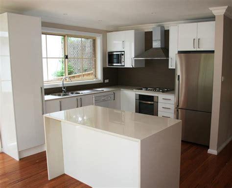 amazing small kitchen design ideas     small space comfortable  spacious