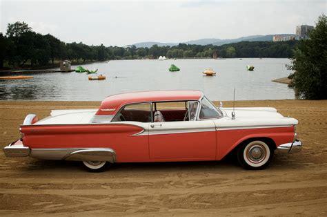 1959 Ford Fairlane by 1959 Ford Galaxie Fairlane Cadillac Klub čr